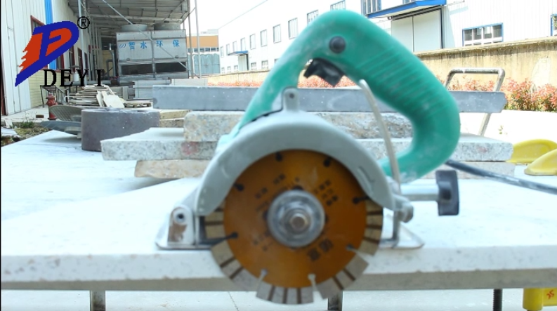 Segmented blade for cutting granite